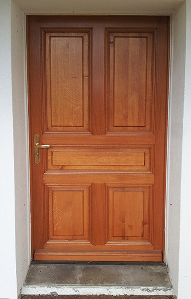 Menuisier porte en bois massif pr s de quingey et saint for Menuiserie porte entree